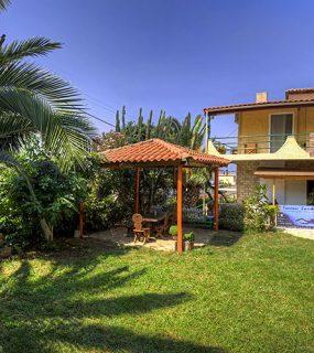 Antonio's Guesthouse in Paleros